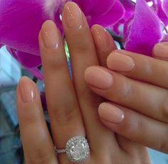 Uñas de novia en color nude