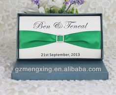EA416 -- Tri-fold wedding invitation card with square buckle & ribbon and mailing paper box
