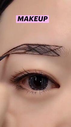 Eyebrow Makeup Tips, Makeup Tutorial Eyeliner, Edgy Makeup, Eye Makeup Steps, Makeup Eye Looks, Eye Makeup Art, Skin Makeup, Eyeshadow Makeup, Beauty Makeup