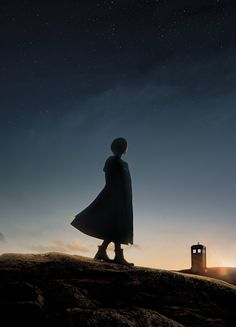Doctor who spoiler news an exciting time when jodie whittaker has become the only female doctor in the shows history Who 13, Dr Who, 13th Doctor, Eleventh Doctor, Doctor Who Minimalist, Doctor Who Wallpaper, Tudor Rose, Impossible Dream, Cute Wallpaper Backgrounds