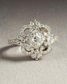 Pretty Vintage Ring..Love it