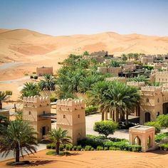 Qasr Al Sarab Desert Resort by Anantara Abu Dhabi, Beautiful Hotels, Beautiful Places, Wonderful Places, Places To Travel, Places To Go, Time Travel, Desert Resort, Desert Life