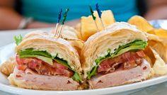 Turkey Sandwich  Smoked Turkey, Bacon, Lettuce, Tomato, and Mayonnaise on Toasted Multigrain Bread with choice of Broccoli Slaw, Homemade Chips, or French Fries $12.49