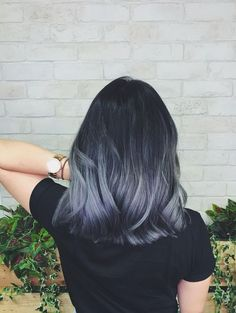finally got the ash grey ombré hair Ive been dreaming of (> Best Picture For ombre hair brown For Yo Ash Gray Hair Color, Ombre Hair Color, Hair Color Balayage, Cool Hair Color, Ash Blue Hair, Gray Ombre, Grey Ombre Hair Short, Silvery Blue Hair, Gray Purple Hair