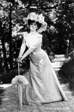 irene sharaff costume designer -Hello Dolly