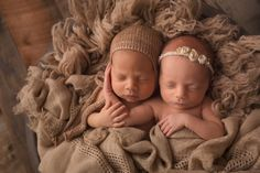 I really want to photograph twins!
