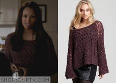 Bonnie Bennett (Kat Graham) wears this open knit sweater in this week's episode of The Vampire Diaries. It is the Free People Pegasus Wrapped in Cables Pullover. Unfortunately it is unavailable
