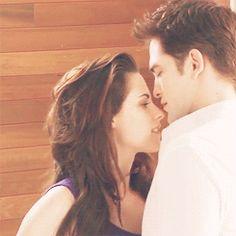 Robert Pattinson & Kristen Stewart: Video - Behind the Scenes of 'Breaking Dawn'