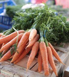 #Aprile: la natura si risveglia e le nostre tavole si arricchiscono di tanti nuovi prodotti: asparagi, fave, piselli, #carote, carciofi.  L'importante è fare attenzione alla #stagionalità di frutta e verdura :) http://ilmacello.com/ #ilmacello #ristorante