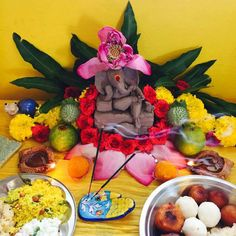 Pooja Hanuman Pics, Jai Hanuman, Shri Ganesh, Ganesh Chaturthi Decoration, Ganapati Decoration, Puja Room, Flower Decorations, Room Decor, Diy