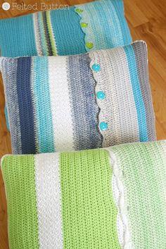 Taking Shape Pillow Set Crochet Pattern by Susan Carlson of Felted Button Unter Form Kissen Set Häke Crochet Home Decor, Crochet Crafts, Crochet Yarn, Crochet Projects, Crochet Cushion Cover, Crochet Cushions, Cushion Covers, Braided Rag Rugs, Taking Shape