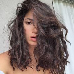 479 gegerbt, 10 Kommentare – Eliana Gil Rodriguez ( no In … - Top Trend Frisuren 2018 Medium Hair Styles, Curly Hair Styles, Natural Hair Styles, Natural Curls, Pelo Ondulado Natural, Short Wavy Hair, Medium Wavy Hair, Wavy Perm, Medium Curls