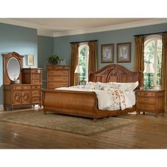 Southern Heritage Oak Sleigh Bed Set