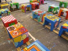 20 kletskrukken voor project op basisschool de Klingerberg 2012 Preschool Classroom Decor, Playground Games, Small Space Interior Design, Outdoor Play, School Projects, Crafts For Kids, Children, Playgrounds, Small Spaces
