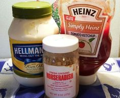 Better than Bloomin' Onion Ring Dipping Sauce Recipe Homemade Bloomin' Onion Ring Dipping Sauce Recipe goes great with Fries, Onion Rings, Hamburgers and even on Chicken Sandwiches. Onion Ring Dipping Sauce Recipe, Onion Ring Sauce, Onion Rings Recipe, Blooming Onion Sauce, Blooming Onion Recipes, Appetizers For Party, Appetizer Recipes, Dinner Recipes, Bloomin Onion
