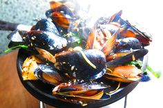 Recipe of the Week: Penn Cove Mussels