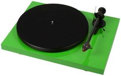 """Pro-Ject Debut Carbon (DC)    Audiophile, """"best buy"""" turntable"""