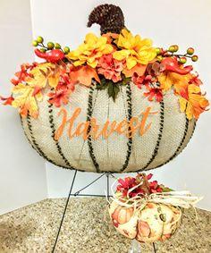Dollar Tree Pumpkins, Dollar Tree Decor, Dollar Tree Crafts, Fall Crafts, Crafts For Kids, Arts And Crafts, Diy Crafts, Diy Wreath, Wreaths