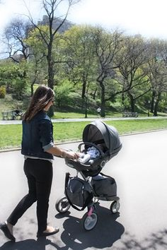 The ultimate Connection stroller: #Stokke #Xplory lifts your child closer to help you explore the world together.