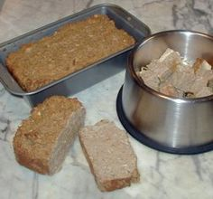 Homemade Dog Food doggie meatloaf - One way to make sure your best friend is getting the best dog food, is to make it yourself. Homemade dog food is easy, as long as you know what nutrients your dog needs. This is page contains homemade dog food recipes. Food Dog, Make Dog Food, Best Dog Food, Puppy Food, Dog Training Methods, Training Your Dog, Diabetic Dog Food, Diabetic Recipes, Wooly Bully