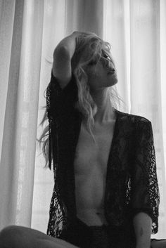 #AnthiParaskevaidou #ΑνθήΠαρασκευαΐδου #model #greekmodel #fashion #editorial #fashioneditorial #blondehair #charactermodel #modeling #photoshoot #fashionshoot #fashionblog #modelagency #photography #fashionphotography #photographer #modelpose #nude #lingeriemodel #backstage #portrait #alternativemodel #filmphotography #streetphotography #artphotography #makeuptutorial