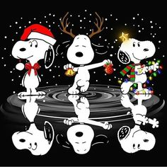 Pin by Minie Maus on Weihnachtssprüche Snoopy Und Woodstock, Snoopy Love, Charlie Brown And Snoopy, Snoopy Images, Snoopy Pictures, Sticker App, New Sticker, Christmas Tumblr, Christmas Quotes