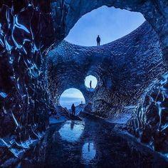 Photo by: @paulzizkaphoto Icelandic Skylights. Breiðamerkurjökull ice caves. Otherworldly! 😁