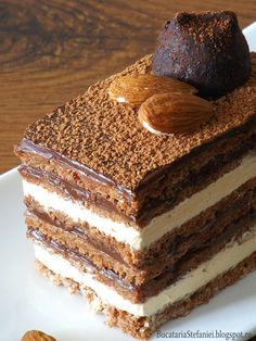 Torte Opera… with coffee and almonds Pastry Recipes, Baking Recipes, Cake Recipes, Dessert Recipes, Chocolates, Zumbo Desserts, Opera Cake, Kolaci I Torte, Food Wishes