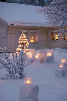 Winterlights, Christmas Finland Lapland www.andreakuehnis.com