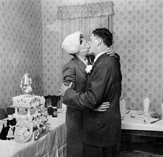 1950s East End London, wedding cake