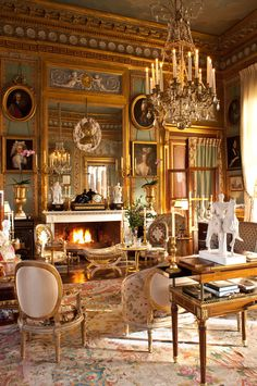 Castle in Normandy, owned by interior-designer Jacques Garcia . At the time of buying the castle is not in ruins, but still it took ten years of restoration. The interior exactly reproduces the atmosphere of aristocratic living in the XVIII century.