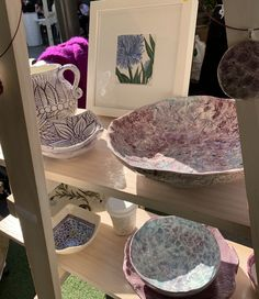 Nicole Miranda of Originally Nic is a Sydney Graphic and Visual Artist plus Ceramicist inspired predominantly by nature. Ceramic Artists, Serving Bowls, Original Artwork, Ceramics, Tableware, Handmade, Ceramica, Pottery, Dinnerware