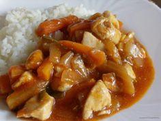 Az édes-savanyú kínai csirke a friss, savanykás ízeket kedvelők nagy kedvence lehet. Könnyű, zöldséges étel, akár nagy nyári melegben is jólesik.