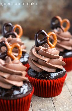 Salted Chocolate Cupcakes #cupcakes #cupcakeideas #cupcakerecipes #food #yummy #sweet #delicious #cupcake