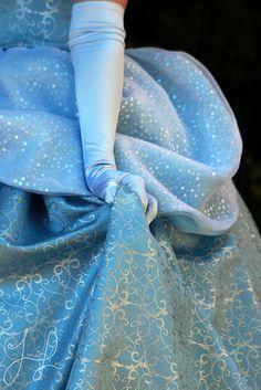 Oh to be a Disney princess. Cinderella Aesthetic, Disney Aesthetic, Princess Aesthetic, Blue Aesthetic, Disney Pixar, Disney Films, Walt Disney World, Disney Love, Disney Magic