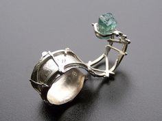 Argentium Sterling and Tourmaline Double Finger by RocknDesigns - this is so cool!!! Amazing!!