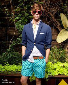 Who wears short shirts! #printedshorts #colorblock #springcolors