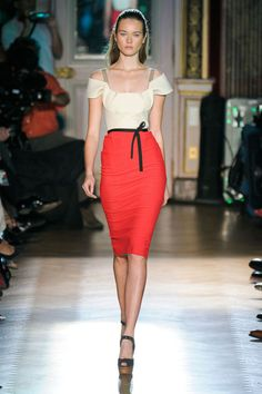 Bright color skirt is a must!