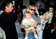 Peter Gabriel, Kurt Cobain and Frances Bean, Courtney Love and Sinead Oconnor, MTV Video Music Awards, Universal City, CA, US, 09/02/93