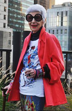 Iris Apfel in shirt