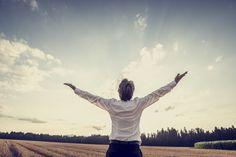 La gratitude est un remède extrêmement efficace et prouvé scientifiquement, contre de nombreuses maladies. Elle n'a aucun effet secondaire...à part vous rendre plus heureux !