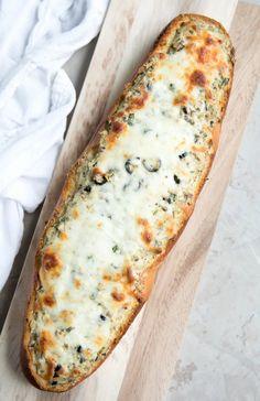 Pasta Recipes, Gourmet Recipes, Vegan Recipes, Chicken Recipes, Kentucky Derby, Olive Spread, Bread Pudding With Apples, Olive Recipes, Recipes