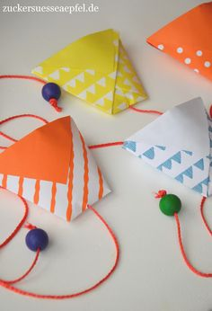 basteln We Tinker a catch Cup is for the catch Cup game (DIY) Origami basteln catch Cup DIY game origami cup Tinker Kids Crafts, Easy Crafts, Diy And Crafts, Arts And Crafts, Paper Crafts, Decor Crafts, Origami Tutorial, Origami Art, Diy Art