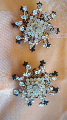 Vintage 'Janny' Clip-on Earrings by nelsnicnacs on Etsy