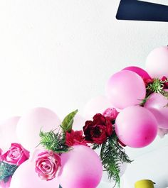 diy-balloon-flower-garland-for-parties- 4