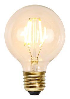 Mått: Bredd 8, höjd 12,2 cm. Decoration LED ljuskälla. Dimmerkompatibel. E27 sockel. 2200 kelvin, 140 lumen. 1,5W. Energy class A++.