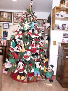 my own tree, nothing but Mickey and Friends