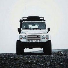 Icelandic/Arctic/Polar explorer. By @paonery #landrover #defender110csw #landroverdefender #landroverphotoalbum