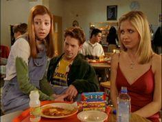 Becoming-Part One - Becoming-Part - Buffy the Vampire Slayer Screencaps Buffy Summers, Fashion Tv, Nineties Fashion, Sarah Michelle Gellar, Joss Whedon, Buffy The Vampire Slayer, The Vamps, Favorite Tv Shows, Angel
