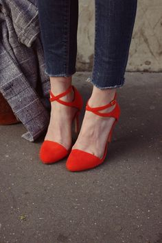 pop of color cute little wider heel for walking comfortable make those feet shine